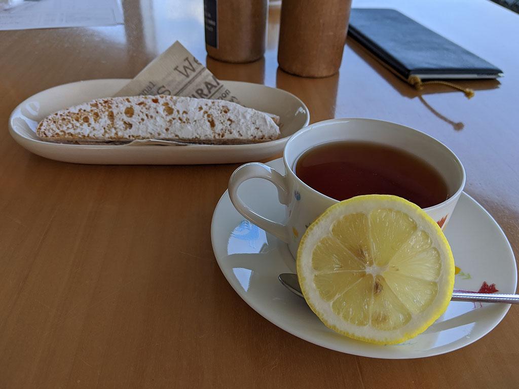 紅茶とビスコッティ